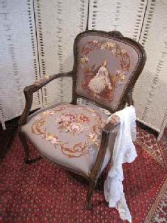 1940French PetitPoint arm chair<princess>